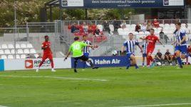 4:2-Sieg gegen Seckbach überschattet von schwerer Verletzung eines Gästespielers